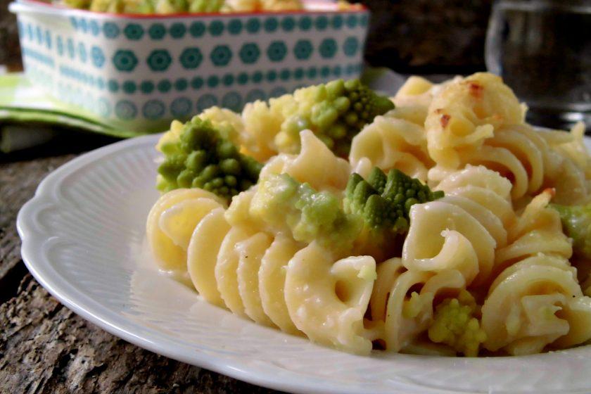 pasta con cavolo romano-broccolo romanesco