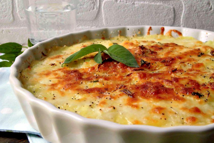 Patate al forno con mozzarella