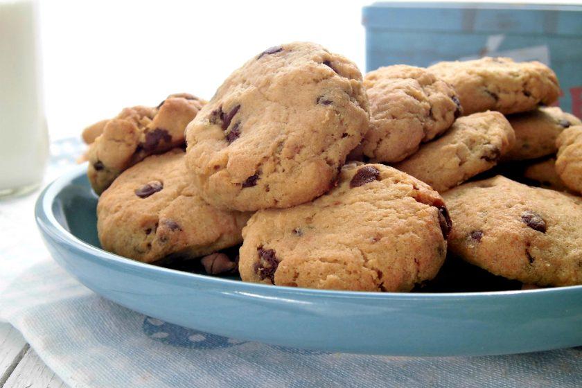 almond chocolate chip cookies con okara di mandorle