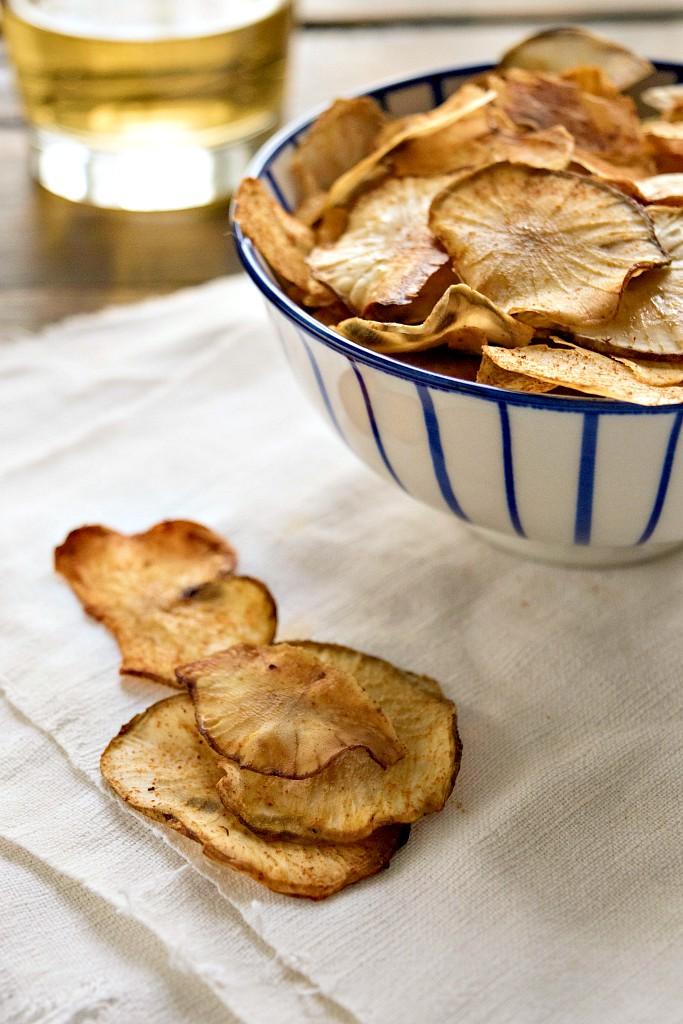 Chips di topinambur alla paprika