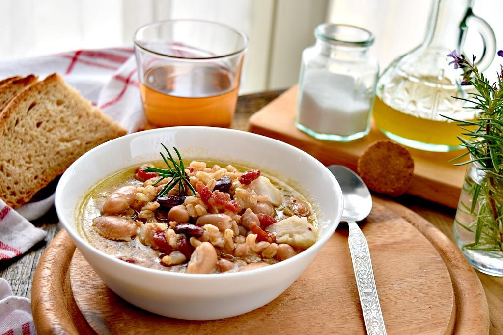 Zuppa di Eddoes, farro e legumi