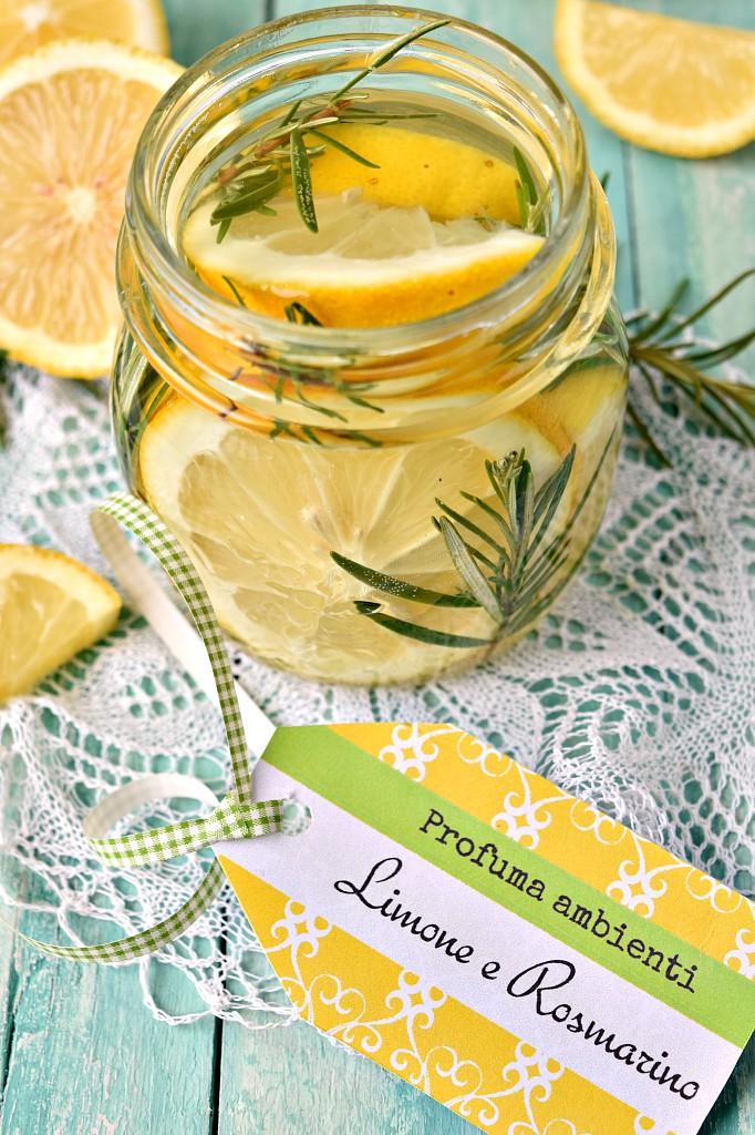 Profumo per ambienti al limone e rosmarino